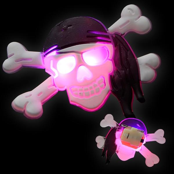 "LED Gummi Anstecker ""Totenkopf Matrose"""